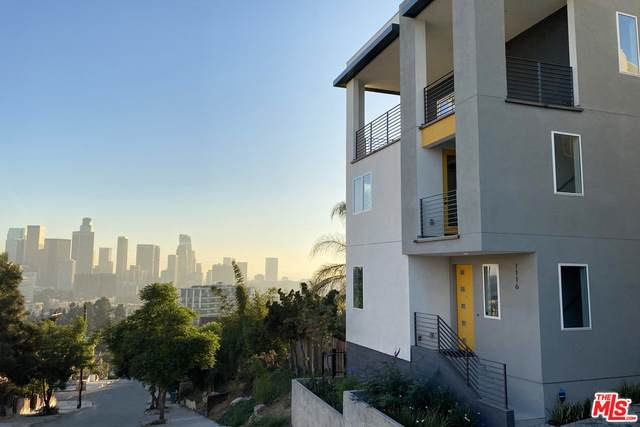 1031 N White Knoll Dr #13, Los Angeles, CA 90012 (#20-653574) :: The Parsons Team