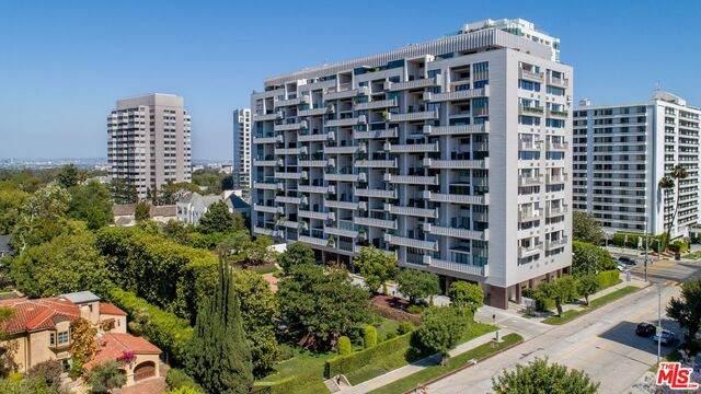 10375 Wilshire Blvd 1A, Los Angeles, CA 90024 (#20-653730) :: TruLine Realty
