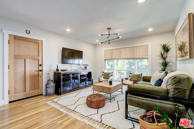 6400 Primrose Ave #19, Los Angeles, CA 90068 (#20-653978) :: The Parsons Team