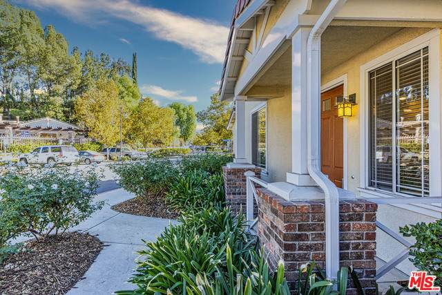 26511 Tahoe Dr, Valencia, CA 91354 (#20-654178) :: Arzuman Brothers
