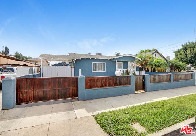 638 Lime St, Inglewood, CA 90301 (#20-655314) :: Lydia Gable Realty Group