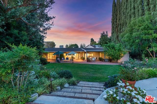 15716 Sutton St, Encino, CA 91436 (#20-656478) :: Berkshire Hathaway HomeServices California Properties