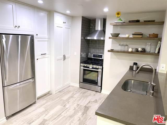3947 Carpenter Ave #305, Studio City, CA 91604 (#20-658196) :: Berkshire Hathaway HomeServices California Properties