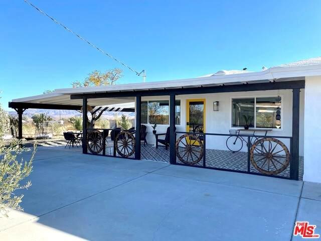 2837 Border Ave, Joshua Tree, CA 92252 (#20-658398) :: Lydia Gable Realty Group