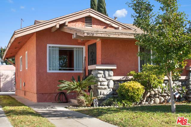 5426 5Th Ave, Los Angeles, CA 90043 (#20-658662) :: Arzuman Brothers