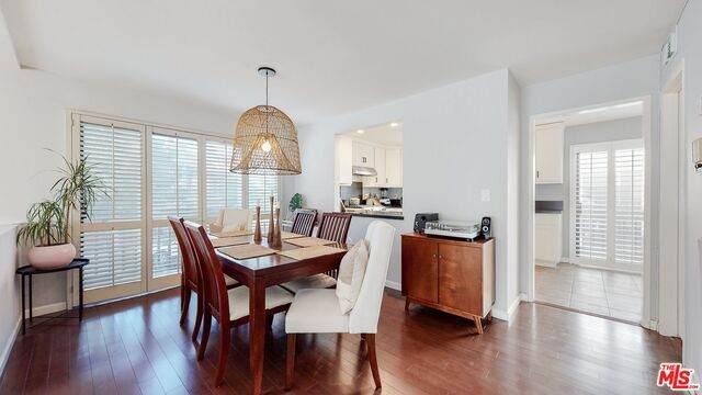 11629 Acama St, Studio City, CA 91604 (#20-661006) :: Berkshire Hathaway HomeServices California Properties