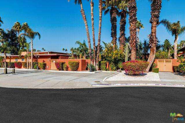 2980 E Ranchero Dr, Palm Springs, CA 92262 (#20-661096) :: The Pratt Group