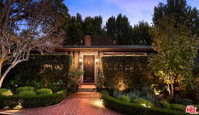 6424 Ivarene Ave, Los Angeles, CA 90068 (#20-661388) :: The Ellingson Group
