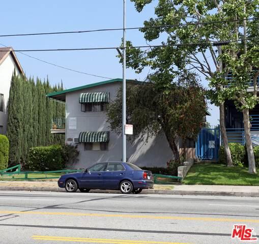 15045 Burbank Blvd - Photo 1