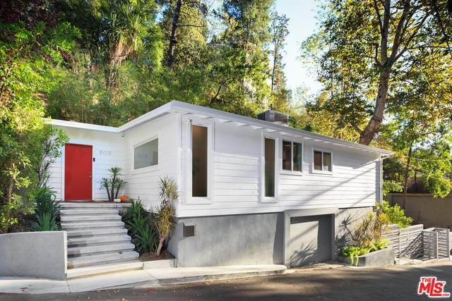 8010 Willow Glen Rd, Los Angeles, CA 90046 (#20-661742) :: The Ellingson Group