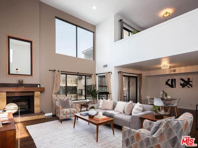 4675 Willis Ave #204, Sherman Oaks, CA 91403 (#20-661888) :: Berkshire Hathaway HomeServices California Properties