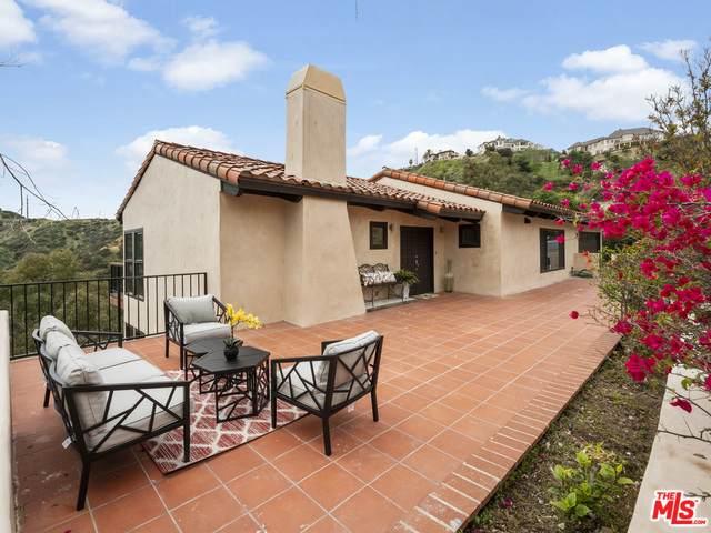 1510 Glen Oaks Blvd, Pasadena, CA 91105 (MLS #20-662054) :: Zwemmer Realty Group