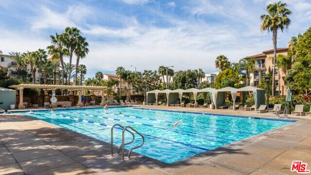 13045 Pacific Promenade #337, Los Angeles, CA 90094 (#20-662146) :: The Ellingson Group