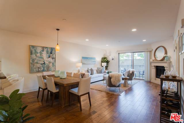 8238 W Manchester Ave #204, Playa Del Rey, CA 90293 (#20-662154) :: The Ellingson Group