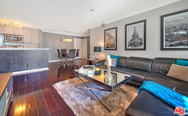 7320 Hawthorn Ave #108, Los Angeles, CA 90046 (#20-662394) :: The Grillo Group