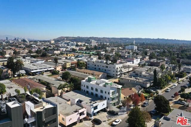 3724 Kelton Ave #4, Los Angeles, CA 90034 (#20-662454) :: The Suarez Team