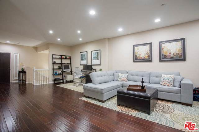 13031 Villosa Pl #427, Playa Vista, CA 90094 (#20-662544) :: The Ellingson Group
