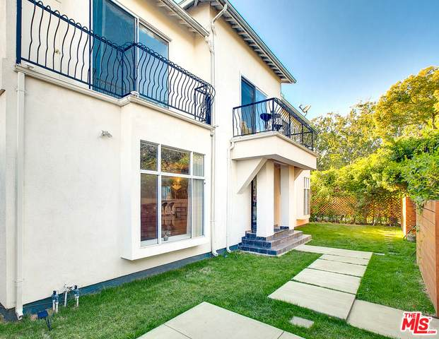 3943 Wade St, Los Angeles, CA 90066 (#20-662838) :: The Ellingson Group