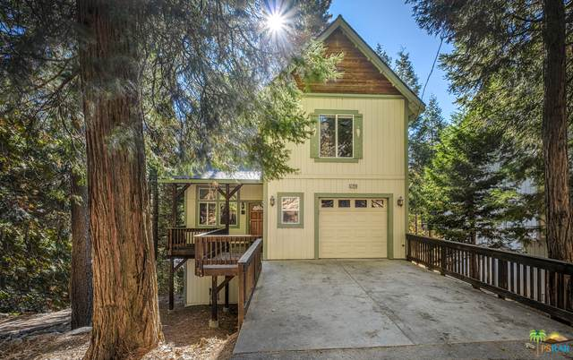 27449 Meadow Dr, Lake Arrowhead, CA 92352 (#20-662878) :: The Pratt Group
