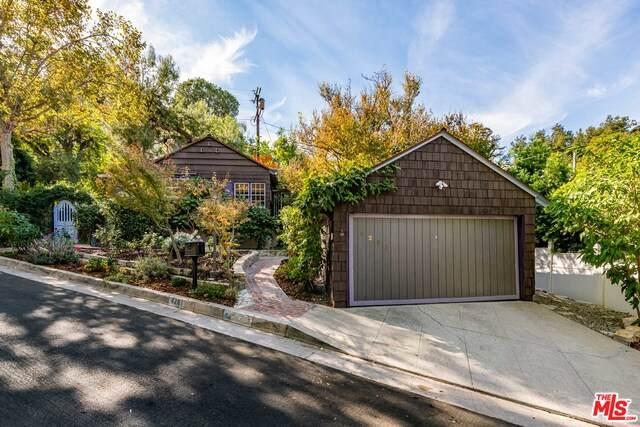 4201 Noble Ave, Sherman Oaks, CA 91403 (#20-663124) :: Berkshire Hathaway HomeServices California Properties