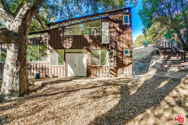 1707 West Trail, Topanga, CA 90290 (#20-664536) :: The Grillo Group