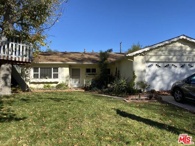 23733 Archwood St, West Hills, CA 91307 (#20-664702) :: Lydia Gable Realty Group