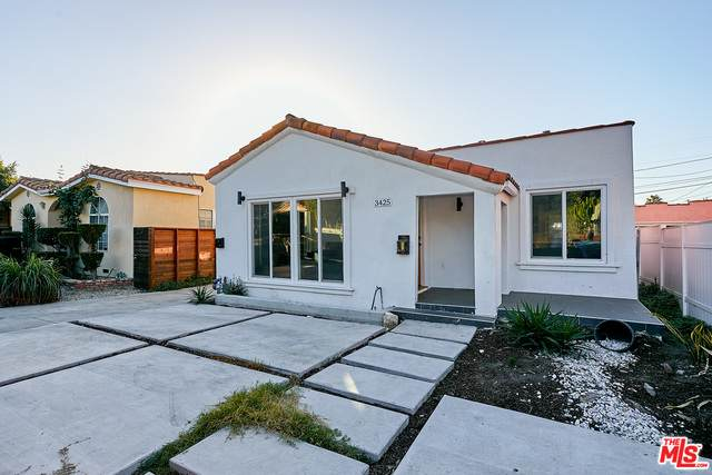 3425 E Hillcrest Dr, Los Angeles, CA 90016 (#20-664908) :: HomeBased Realty