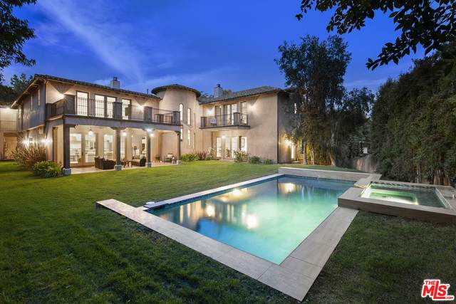 3039 Roscomare Rd, Los Angeles, CA 90077 (#20-665252) :: The Ellingson Group
