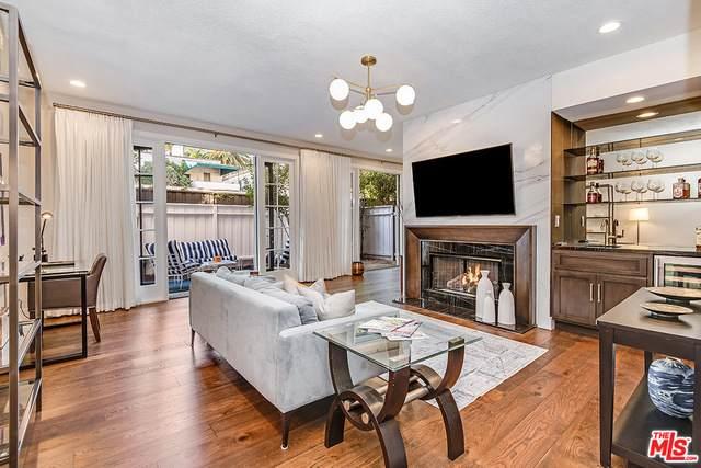 133 S Oakhurst Dr #102, Beverly Hills, CA 90212 (#20-665312) :: TruLine Realty