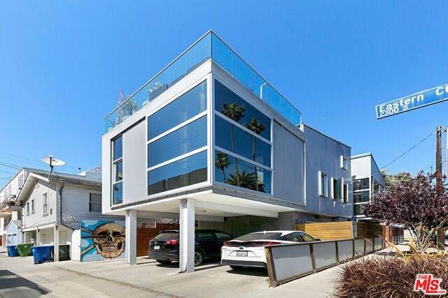 487 Carroll Ave, Venice, CA 90291 (#20-665472) :: The Ellingson Group
