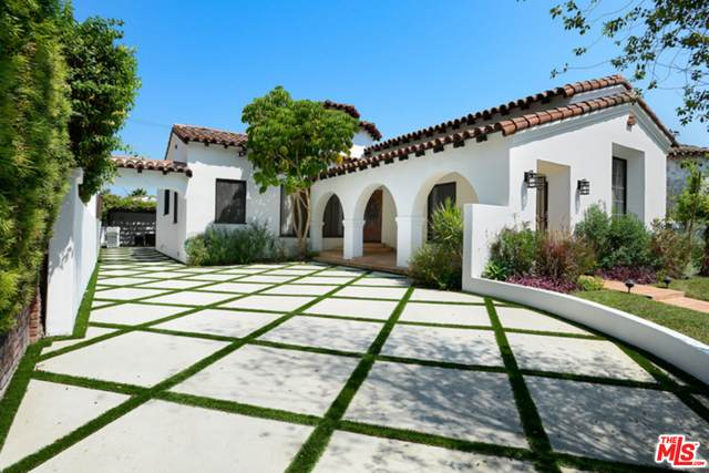 128 S Kilkea Dr, Los Angeles, CA 90048 (#20-665734) :: The Pratt Group