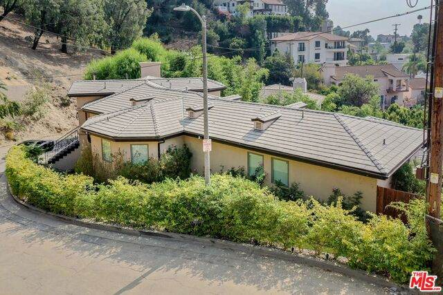 2625 Hargrave Dr, Los Angeles, CA 90068 (#20-666288) :: The Ellingson Group