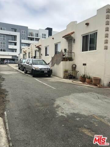 1028 Serrano Ave - Photo 1