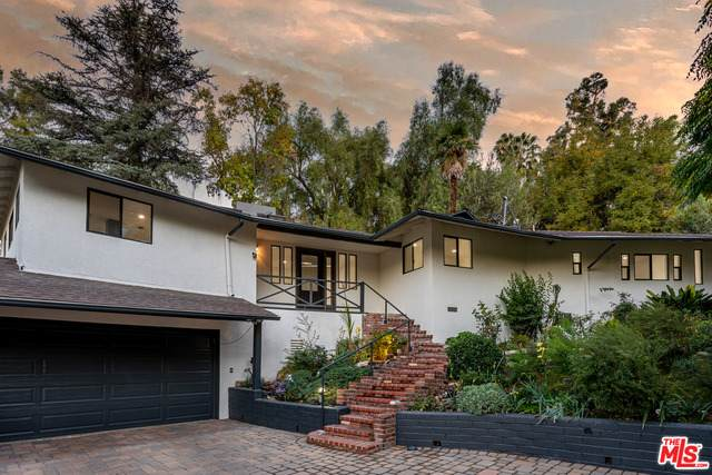 4692 Morro Dr, Woodland Hills, CA 91364 (#20-666486) :: Randy Plaice and Associates