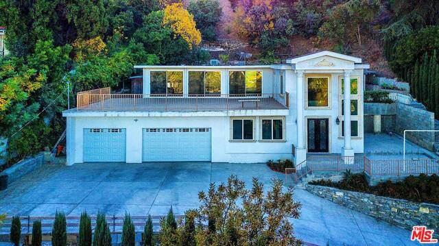 3680 Dixie Canyon Ave, Sherman Oaks, CA 91423 (#20-666650) :: Randy Plaice and Associates