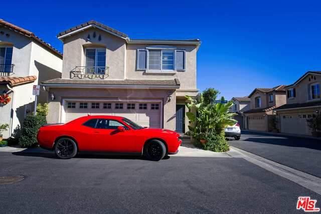14488 Cottage Ln, Hawthorne, CA 90250 (#20-666876) :: HomeBased Realty