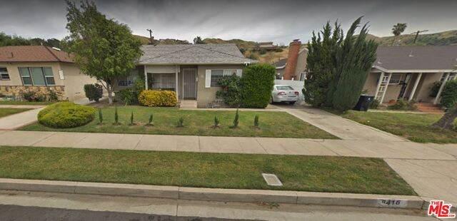 8416 N Glenoaks Blvd, Sun Valley, CA 91352 (MLS #20-667556) :: Zwemmer Realty Group
