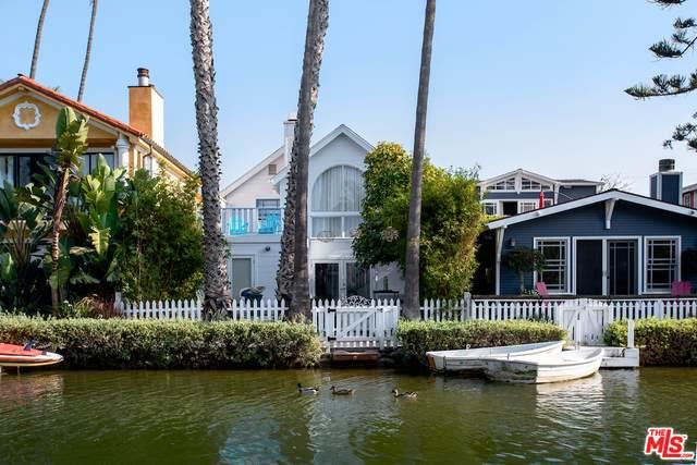 456 Howland Canal, Venice, CA 90291 (MLS #20-667638) :: The Sandi Phillips Team