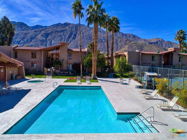 1050 E Ramon Rd #90, Palm Springs, CA 92264 (#20-668120) :: The Pratt Group