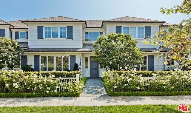 15050 Altata Dr, Pacific Palisades, CA 90272 (MLS #20-668852) :: Zwemmer Realty Group