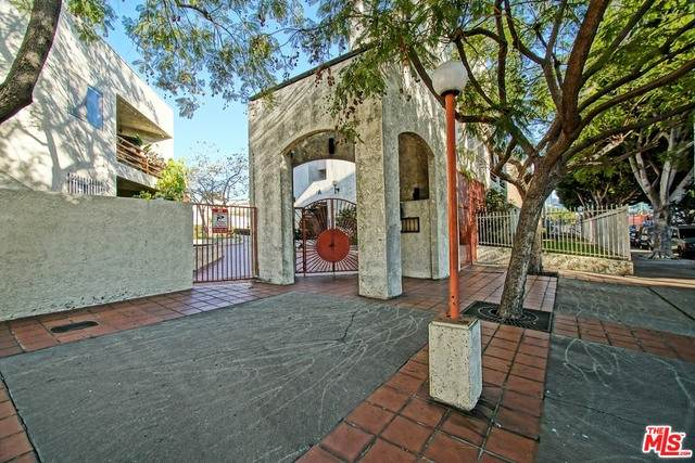 1118 Valencia St - Photo 1