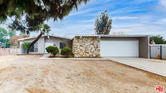 11460 Andasol Ave, Granada Hills, CA 91344 (#20-670014) :: The Grillo Group