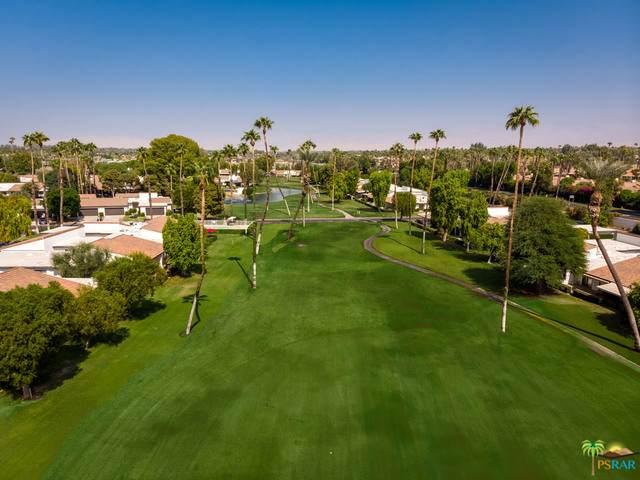 33 Leon Way, Rancho Mirage, CA 92270 (MLS #20-670090) :: The Sandi Phillips Team