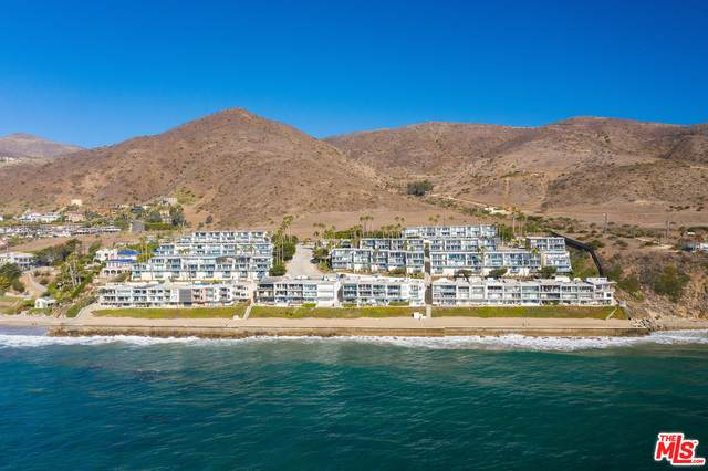 11938 Whalers Ln, Malibu, CA 90265 (#20-672998) :: The Pratt Group