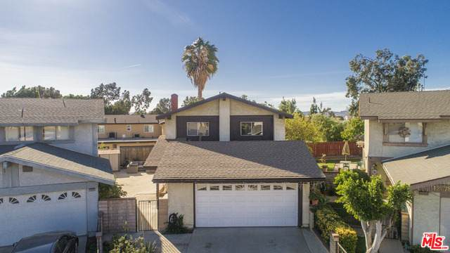 12376 Cohasset St, North Hollywood, CA 91605 (#20-673480) :: Compass