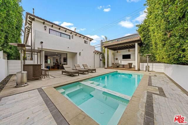 138 N Edinburgh Ave, Los Angeles, CA 90048 (MLS #21-675508) :: Mark Wise | Bennion Deville Homes