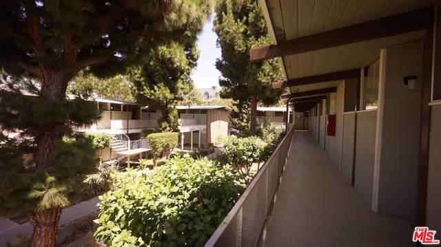 11131 Rose Ave - Photo 1