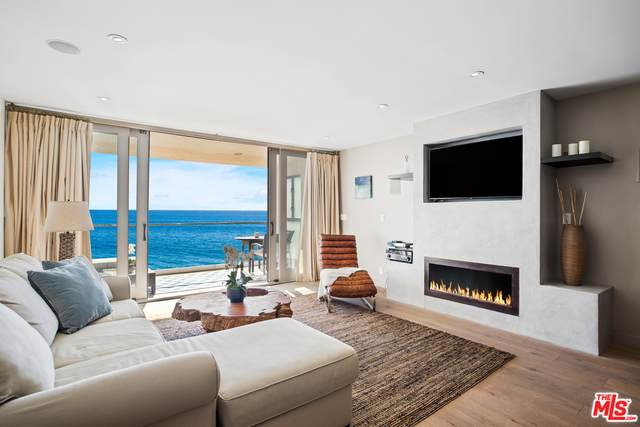 20612 Pacific Coast Hwy, Malibu, CA 90265 (#21-677216) :: The Parsons Team