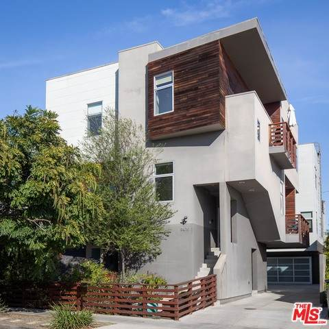 3976 Beethoven St, Los Angeles, CA 90066 (#21-677700) :: The Pratt Group