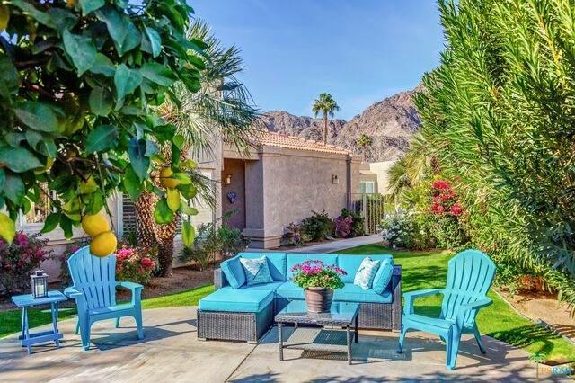 48523 Via Amistad, La Quinta, CA 92253 (#21-678570) :: Randy Plaice and Associates